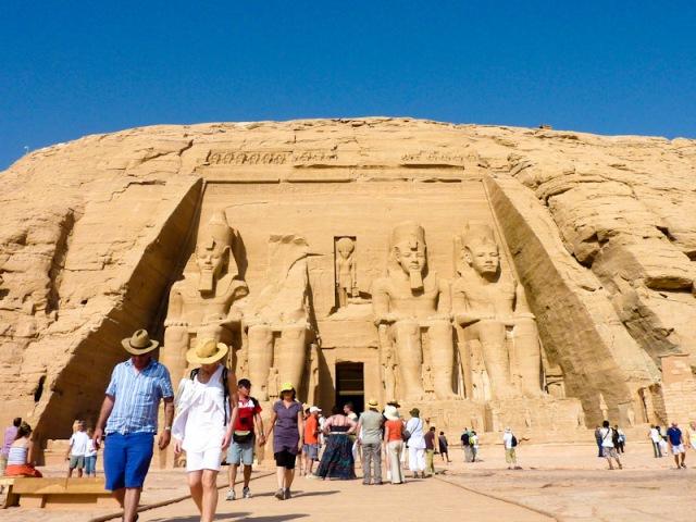 abu simbel ramses ii egypt