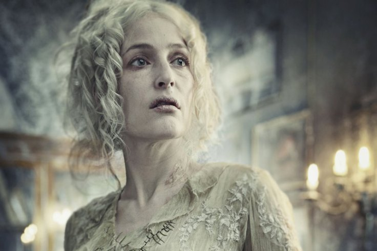gillian-anderson-miss-haversham