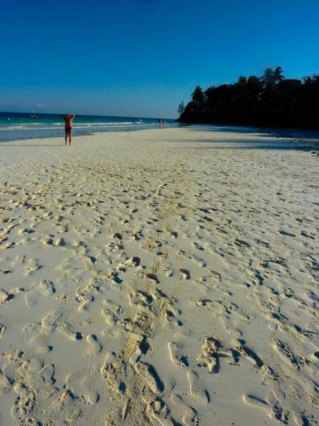 Powder white sand